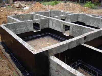 Когда снимать опалубку с фундамента и перекрытий – строительная дилемма