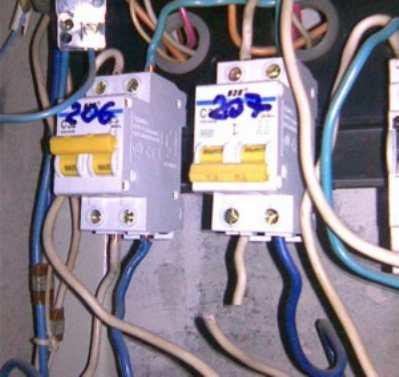 Сколько контуров нужно делать в электрощите квартиры